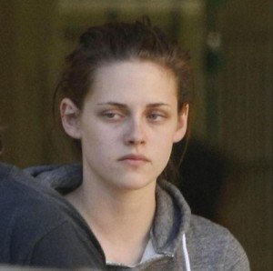 Kristen Stewart Reacts to Being Dumped Like a Normal Person