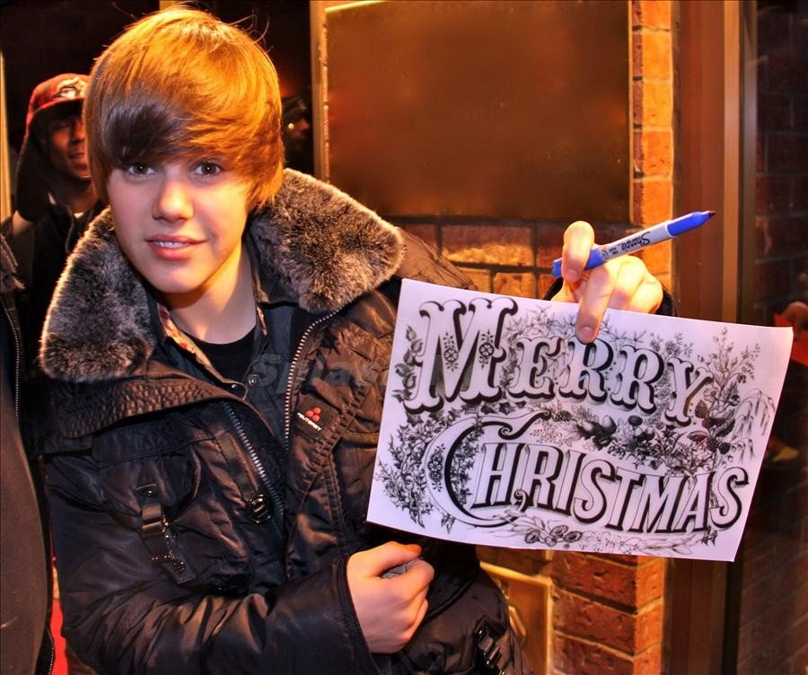 Justin Bieber Christmas Special Airing on TLC Dec. 21st