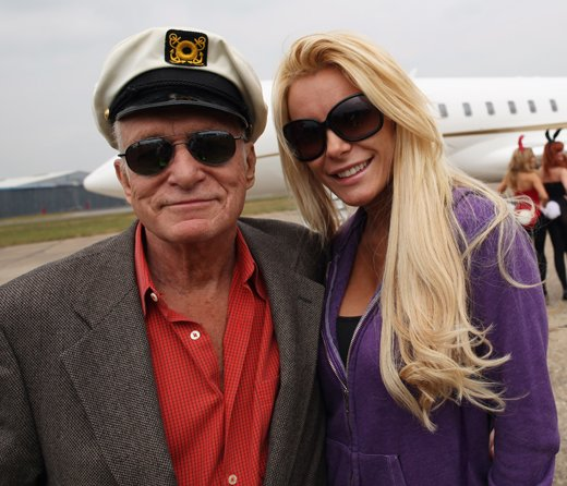 Crystal Harris Apologizes to Hef, Makes Excuses for Howard Stern interview
