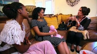 Watch Tia & Tamera Season 2 Episode 21 - Stripteased Online