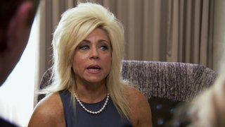 Watch Long Island Medium Season 10 Episode 10 - The Spirits of Holly...Online