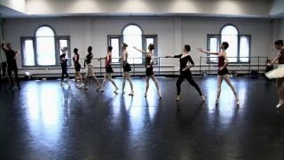 Watch Breaking Pointe Season 1 Episode 1 - Survival of the Fitt... Online