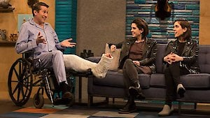 Watch Comedy Bang! Bang! Season 404 Episode 1 - Uzo Aduba Wears a Wh...Online