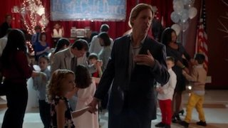 Watch Ben & Kate Season 1 Episode 15 - Father-Daughter Danc...Online