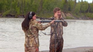Watch Bristol Palin: Life's a Tripp Season 1 Episode 14 - The Ring Bear-Er Online