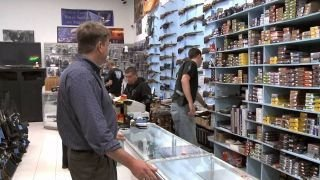 Watch Combat Pawn Season 1 Episode 7 - LeMat Revolver Online