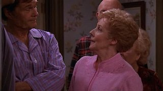 Watch Everybody Loves Raymond Season 9 Episode 15 - Pat's Secret Online