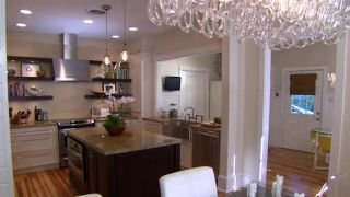 Watch Bang For Your Buck Season 6 Episode 8 - Sarasota Kitchen Exp... Online