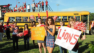 Watch Friday Night Lights Season 5 Episode 10 - Don't Go Online