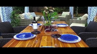 Watch Yard Crashers Season 17 Episode 11 - Contemporary Eleganc... Online