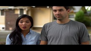 Watch Yard Crashers Season 17 Episode 12 - Hamptons Hangout Online