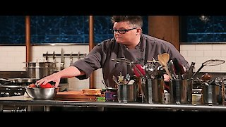 Watch Chopped Season 33 Episode 5 - Blue Plate Fate Online