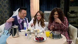 Watch Young & Hungry Season 5 Episode 8 - Young & Vegas Baby Online