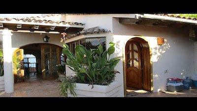 House Hunters International - High Standards in Sayulita