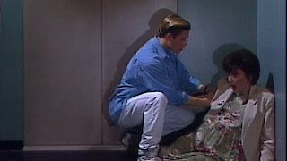 Watch Saved by the Bell Season 5 Episode 21 - Earthquake Online
