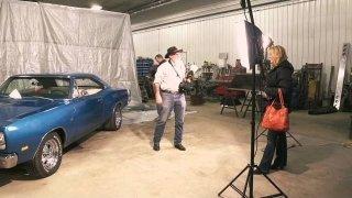 Watch Extreme Auto Hunters Online Full Episodes Of Season 1 Yidio