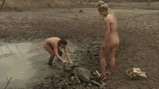 Watch naked and afraid season 1 picture 10