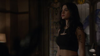 Watch Shadowhunters Season 2 Episode 5 - Dust and Shadows Online