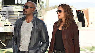 Watch Rosewood Season 2 Episode 19 - Naegleria & Neighbor... Online