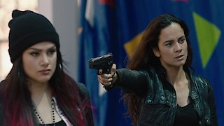Watch Queen of the South Season 2 Episode 13 - La Ultima Hora Mata Online