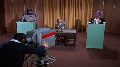 Watch Batman Season 2 Episode 18 - Dizzoner the Penguin Online Now
