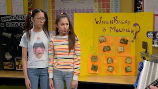 Watch Bizaardvark Season 2 Episode 11 - Science (Un)Fair Online