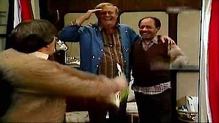 Watch The Jeffersons Season 11 Episode 20 - And Up We Go Online