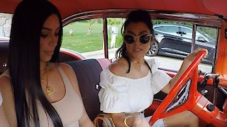 Watch Keeping Up with The Kardashians Season 13 Episode 11 - Classic Cars and Vin...Online