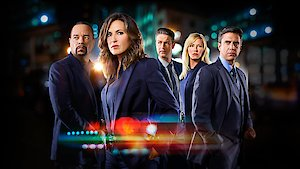 Watch Law & Order: Special Victims Unit Season 18 Episode 21 - Sanctuary Online
