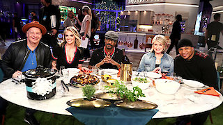 Watch Martha & Snoop's Potluck Dinner Party Season 2 Episode 4 - Let's Get Roasted Online