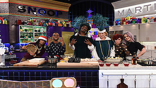 Watch Martha & Snoop's Potluck Dinner Party Season 2 Episode 8 - Joy to the Wizorld! Online