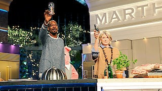 Watch Martha & Snoop's Potluck Dinner Party Season 1 Episode 8 - High On The Hog Online