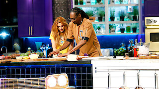 Watch Martha & Snoop's Potluck Dinner Party Season 1 Episode 10 - Makin' That Dough Online