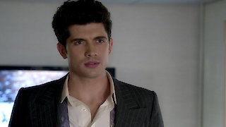 Watch Famous in Love Season 1 Episode 9 - Fifty Shades of Red Online