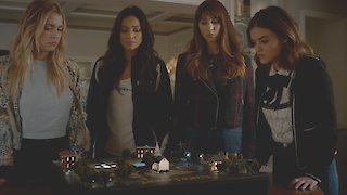 Watch Pretty Little Liars Season 7 Episode 14 - Power Play Online