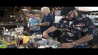 Watch Guy's Ranch Kitchen Season 1 Episode 3 - Family-Style Game Da...Online