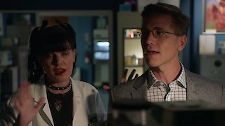 Watch NCIS Season 15 Episode 4 - Skeleton Crew Online
