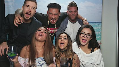 Jersey Shore: Family Vacation - What's In the Bag?