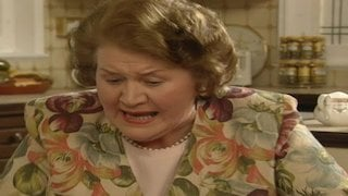Watch Keeping up Appearances Season 5 Episode 7 - Keeping Up Appearanc... Online