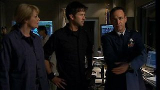 Watch Stargate Atlantis Season 5 Episode 20 - Enemy at the Gate Online