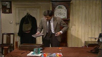 Watch Mr. Bean Season 1 Episode 12 - Tee Off Mr. Bean Online Now