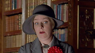 Watch Jeeves and Wooster Season 4 Episode 6 - The Ties That Bind Online