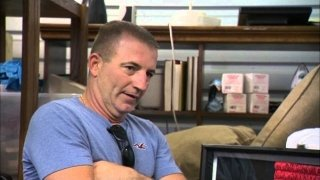 Watch Storage Hunters Season 5 Episode 6 - His Way Online