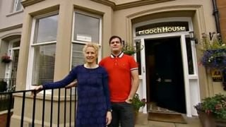 Watch Four In A Bed Season 1 Episode 16 - Fraoch House Online